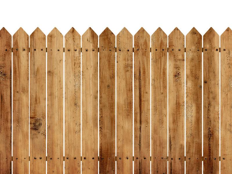 גדרות עץ 2